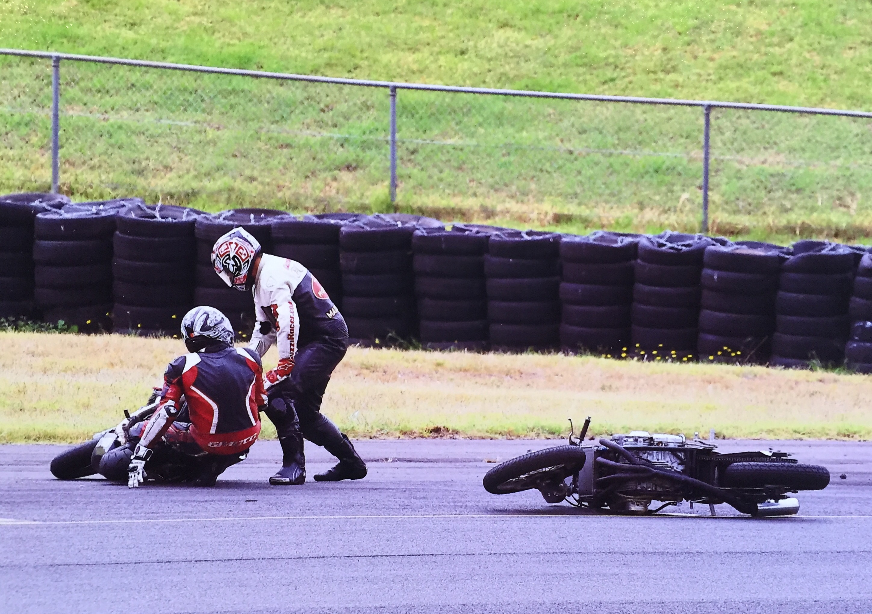 Bizzare accident at Barry Sheene Festival2015